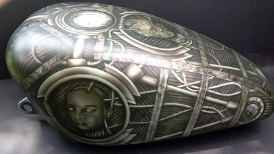 airbrush motorcycle tank